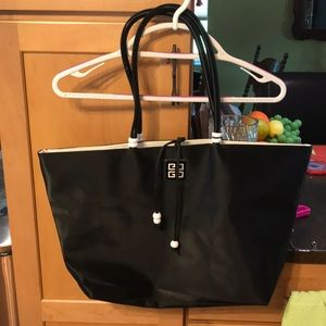 Givenchy Bags - Givenchy tote